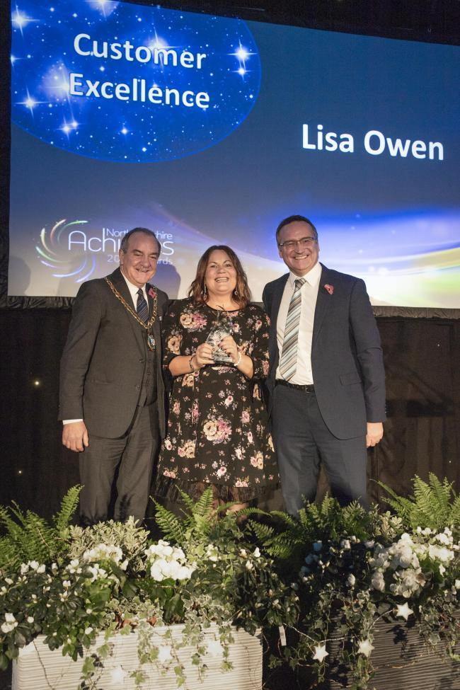 Last year's winner, Lisa Owen, with Provost Clarkson and Chief Executive Craig Hatton.