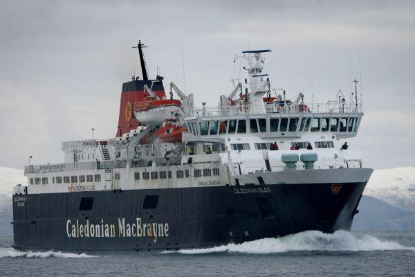Ardrossan to Brodick Caledonian Isles ferry diverted to Troon amid major technical failure