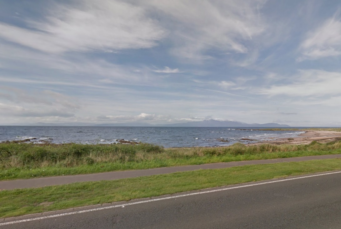 Seamill beach near the Waterside (Google Maps)