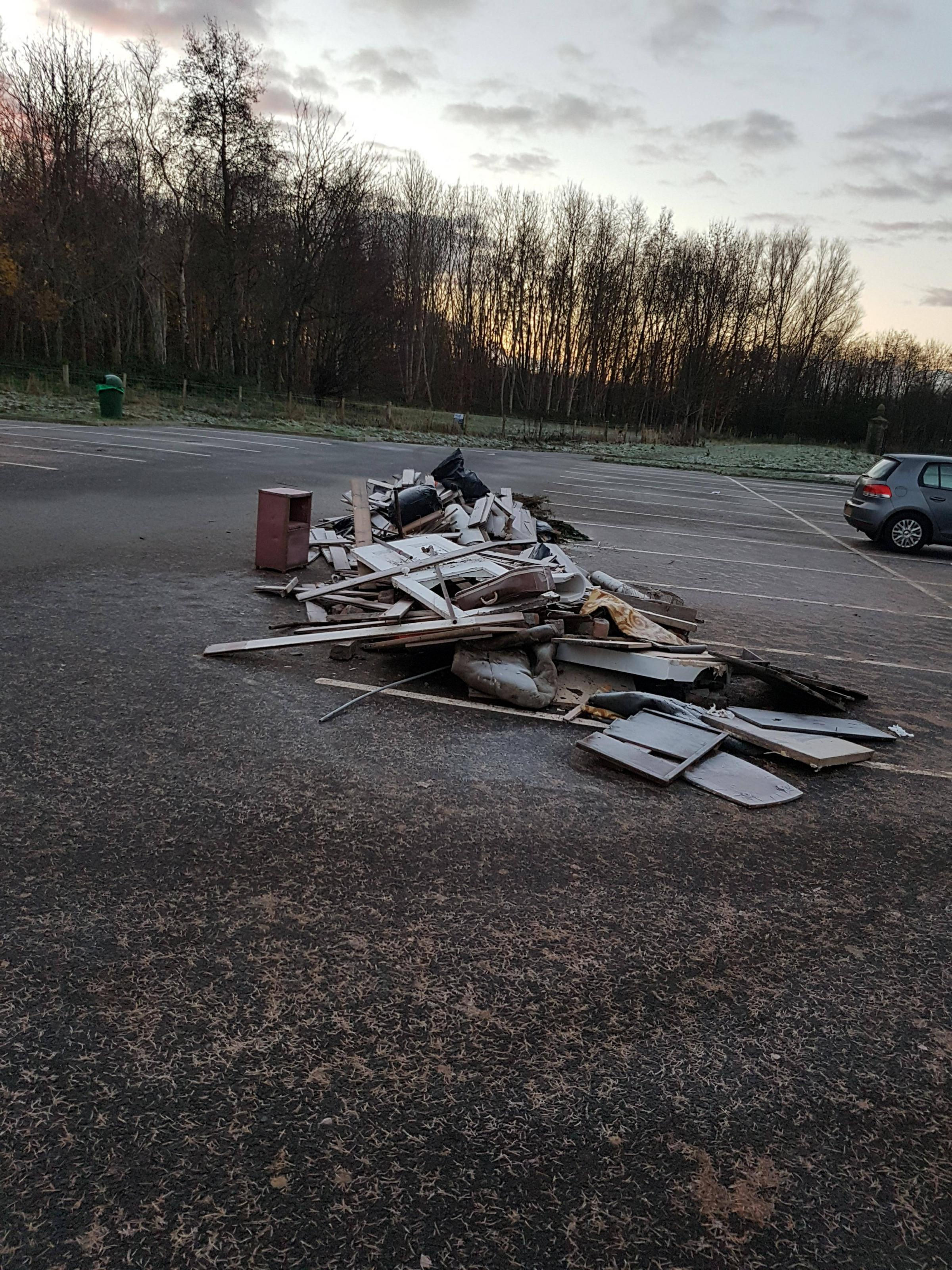 Fly-tipping in Eglinton Park linked to Glasgow