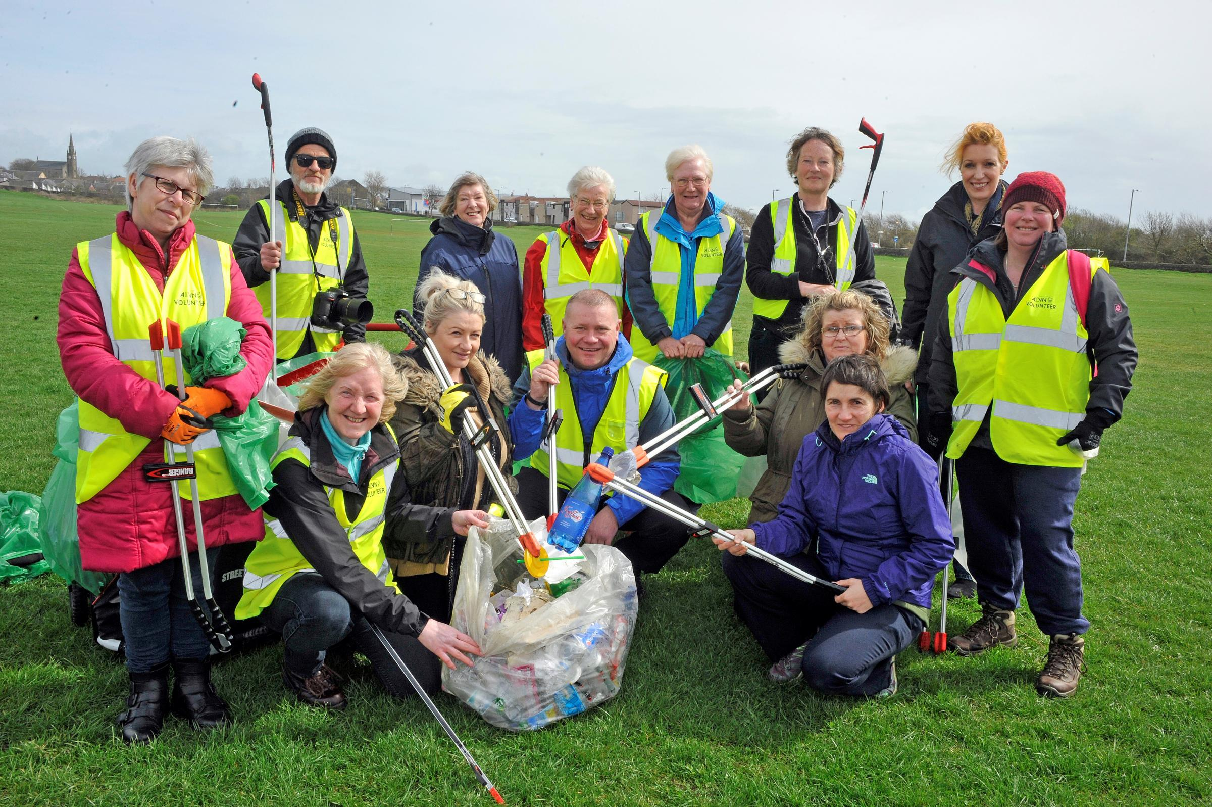 Volunteers clean up in Stevenston