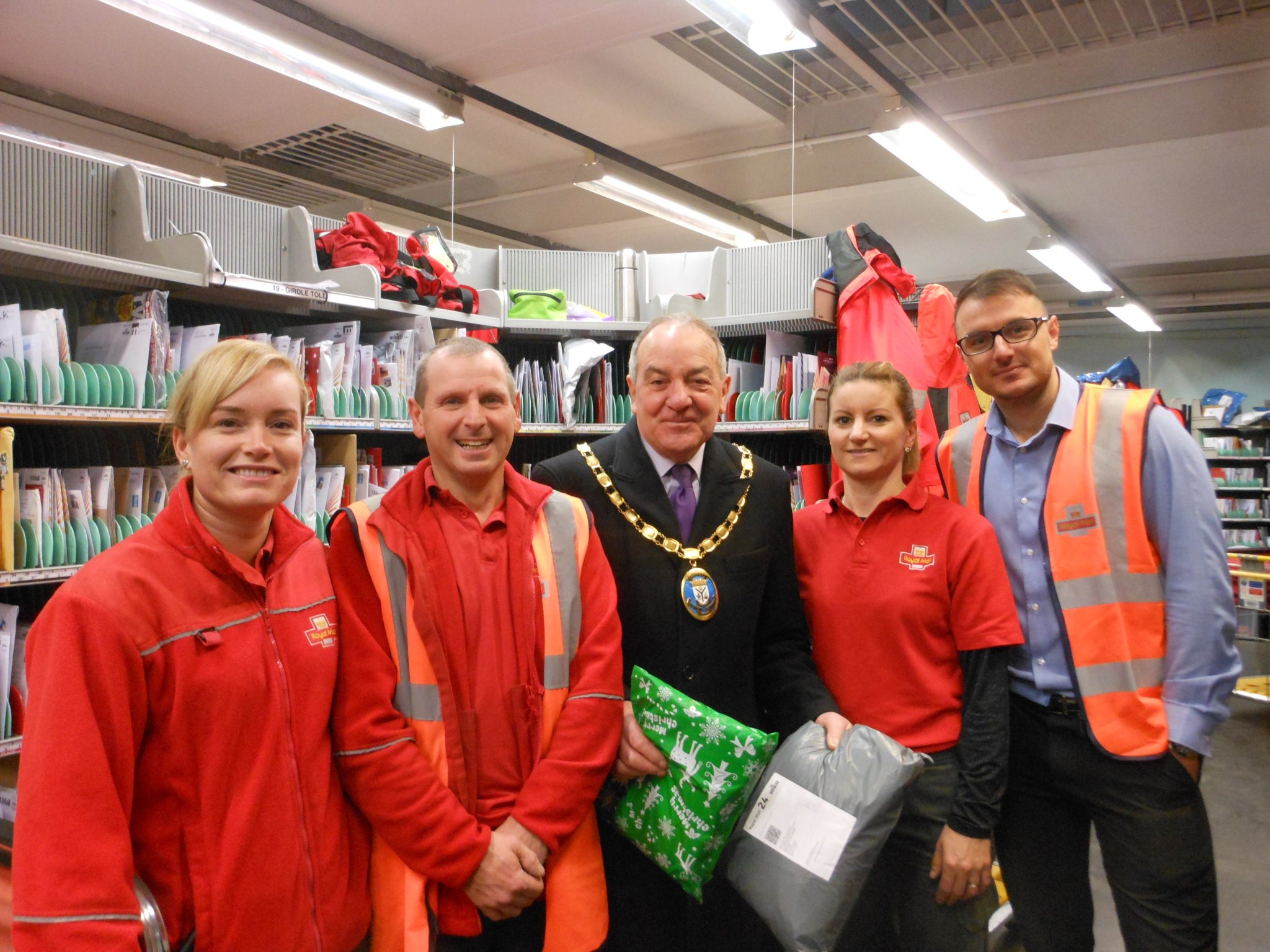 Provost praise for postal service