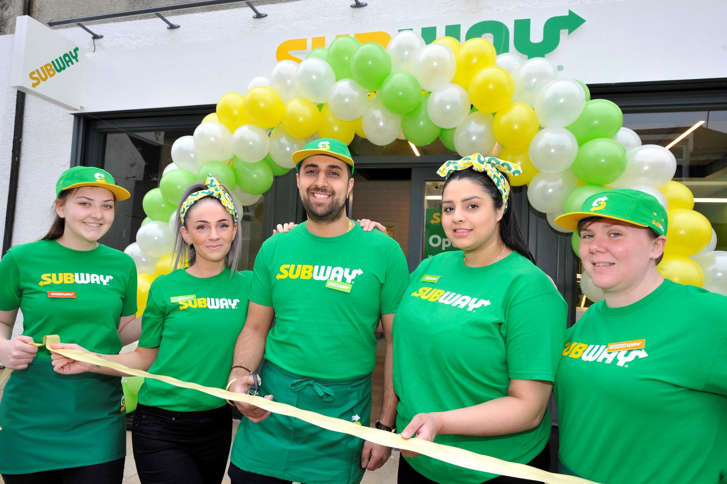 New Kilwinning Subway opens.